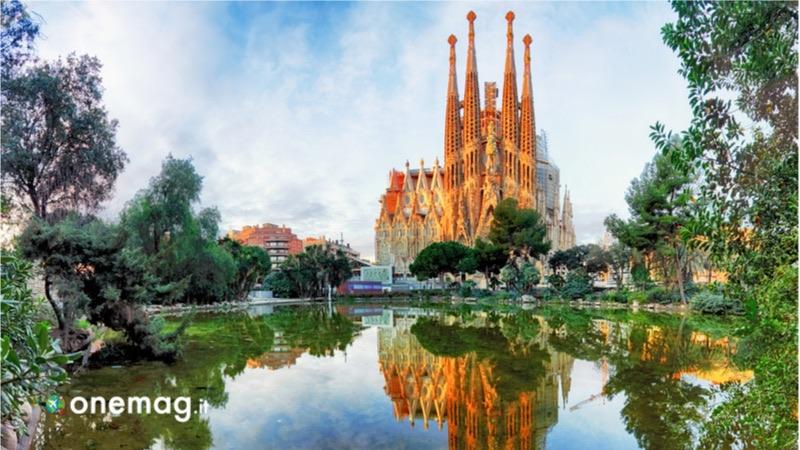 Barcellona di Antonio Gaudì, Sagrada Familia
