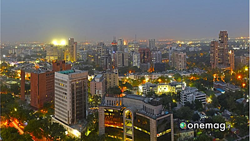 New Delhi, veduta notturna