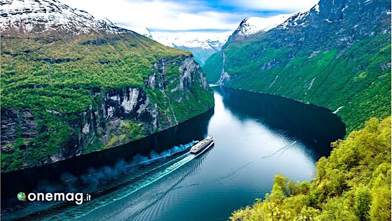 Crociera nel Geirangerfjord
