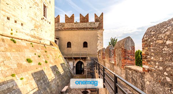 I castelli più belli d'Italia, Castello Scaligero di Sirmione