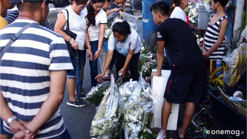 Manila, il cimitero dove vivere