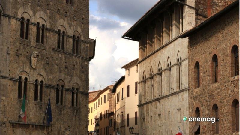 Massa Marittima, palazzo storico