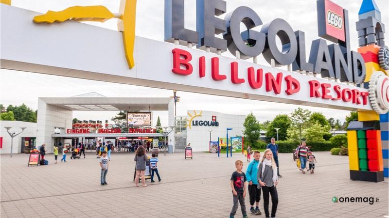 Cosa vedere a Billund, ingresso a Legoland