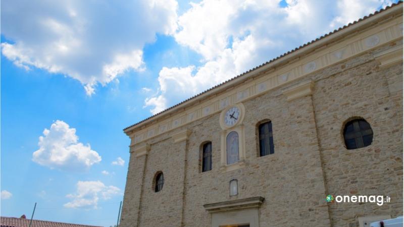 Cosa visitare a Castelmezzano, chiesa madre di Santa Maria dell'Olmo