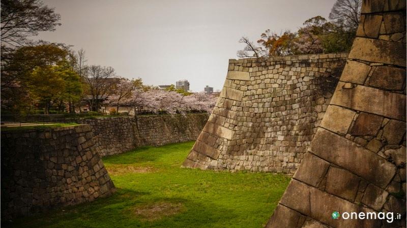 Il castello di Osaka, le mura esterne