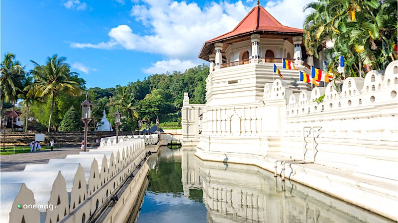 Cosa vedere a Kandy, Tempio del Sacro Dente