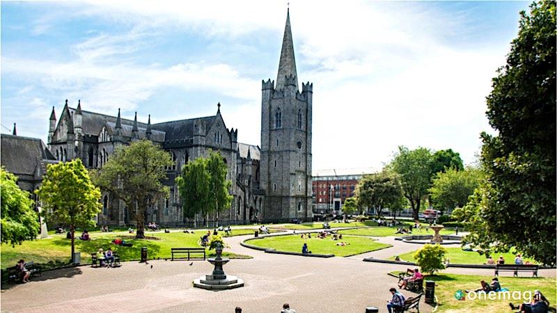 La Cattedrale di San Patrizio a Dublino, veduta dall'esterno