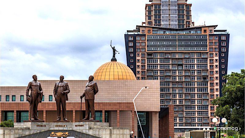 Cosa vedere a Gaborone, Monumento all'Indipendenza