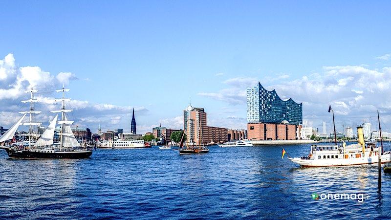 Cosa fare ad Amburgo in estate, gita sul fiume Alster