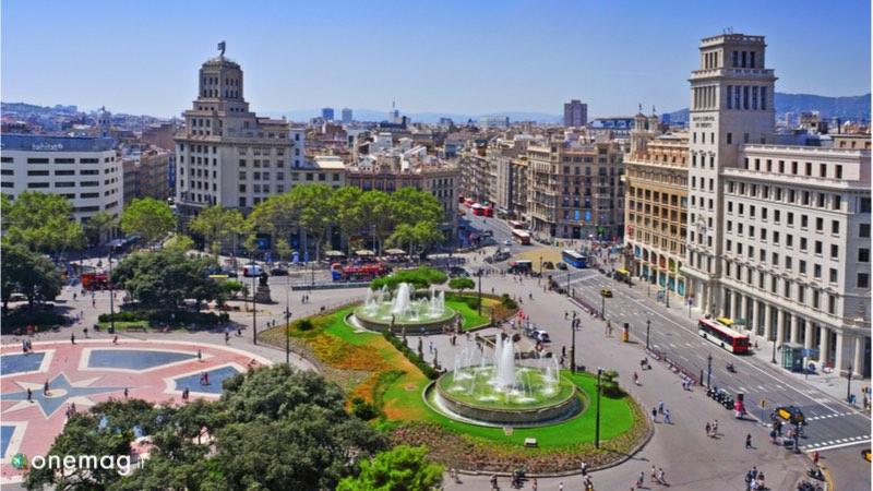 Le 10 cose da vedere a Barcellona, Plaça de Catalunya