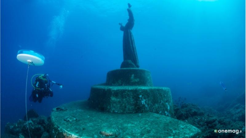 San Fruttuoso, statua in bronzo del Cristo degli abissi