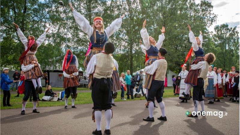 Cosa vedere, cosa visitare, cosa fare a Tallin, il Festival Folk del Baltico