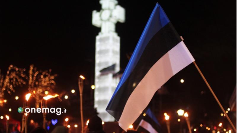 Cosa vedere a Tallin, la bandiera dell'Estonia