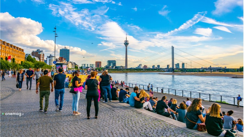 Cosa vedere a Düsseldorf, Rheinuferpromenade