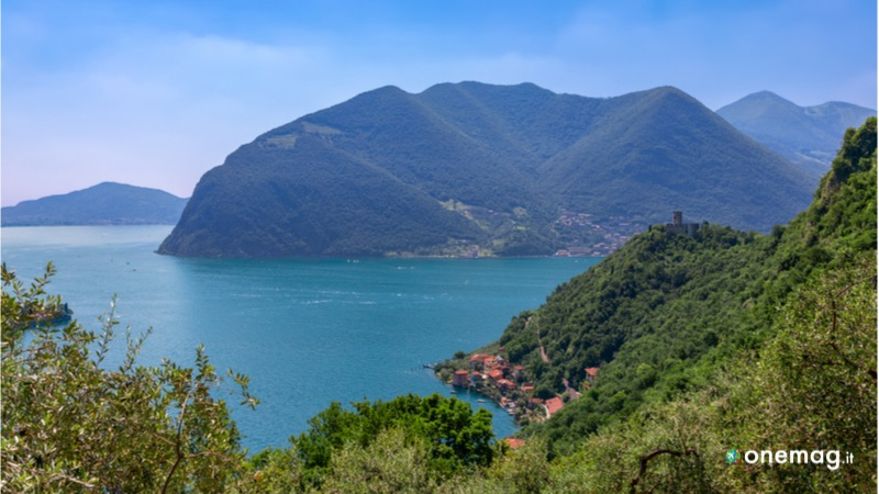 Lago di Iseo in provincia di Brescia