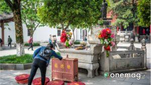 Tempio di Guiyuan, donazione agli dei
