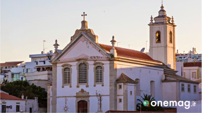 Cosa vedere ad Albufeira, la Chiesa Madre