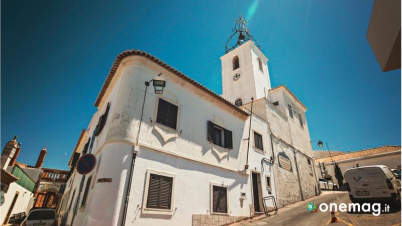 Cosa vedere ad Albufeira, la Torre dell'Orologio