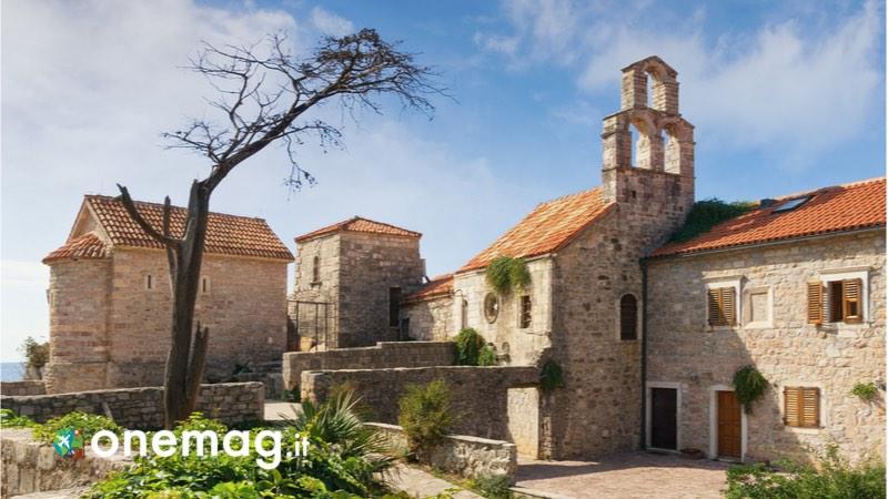 Cosa vedere a Budva in Montenegro, la chiesa Santa Maria in Punta