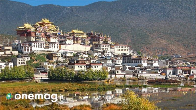 Visitare Lhasa, cosa vedere nella capitale del Tibet, il Monastero di Ganden