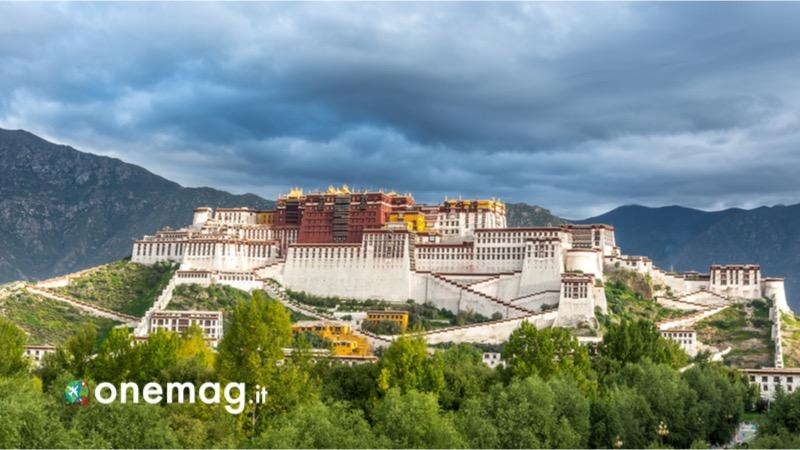Visitare Lhasa, cosa vedere nella capitale del Tibet, il palazzo di Potala