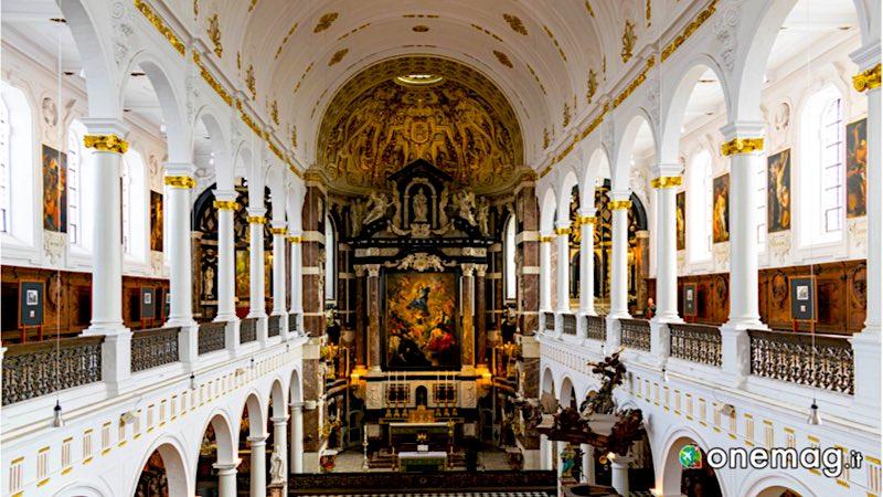 Cosa vedere ad Anversa: Chiesa di San Carlo Borromeo
