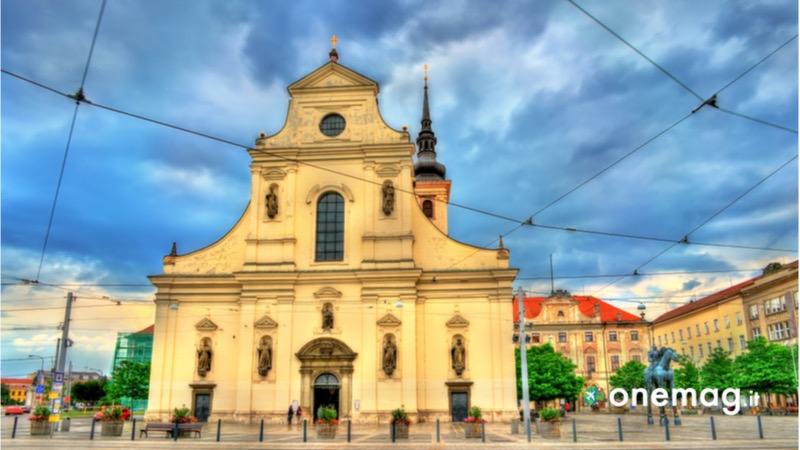 Cosa visitare a Brno, la Chiesa di San Giacomo Maggiore