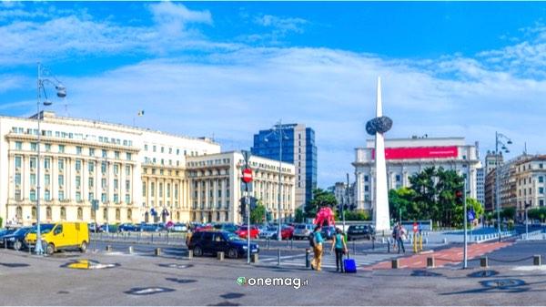 Cosa vedere a Bucarest, Piazza della Rivoluzione
