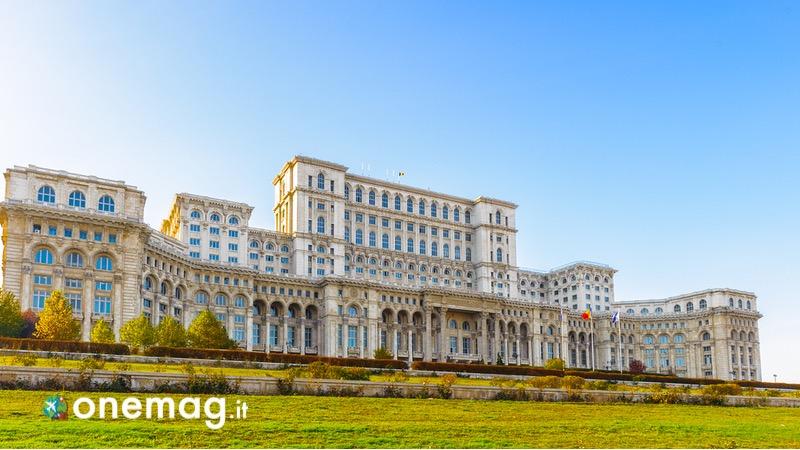 Cosa vedere a Bucarest, il Palazzo del Parlamento