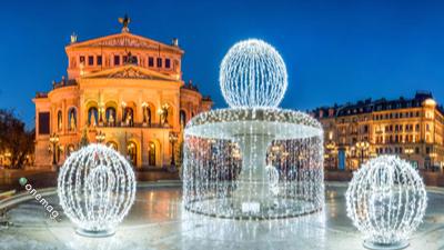 Cosa vedere a Francoforte, l'Alte Opera a Natale
