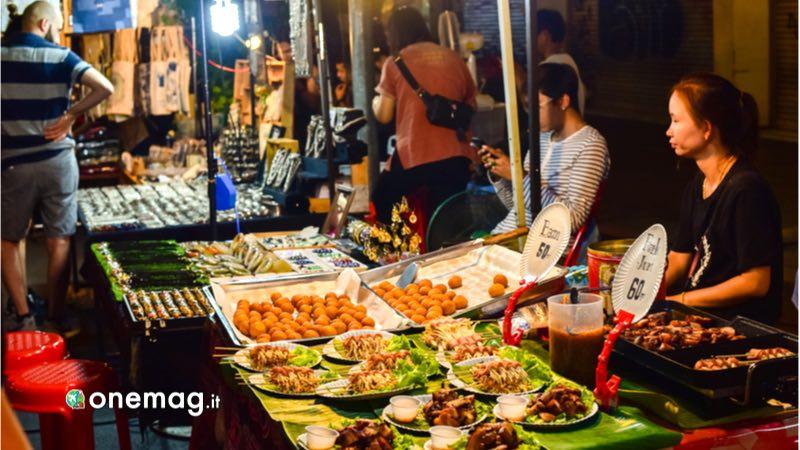 Cosa vedere a Chian Mai, night Bazaar