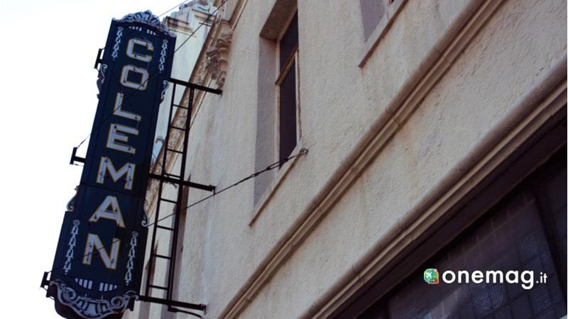Route 66 Miami, Coleman Theater insegna