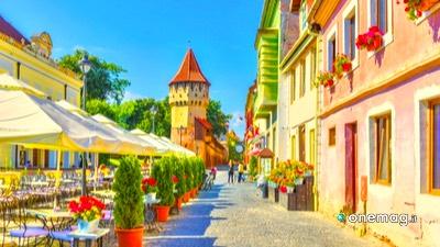 Cosa vedere a Sibiu, Piazza Piccola