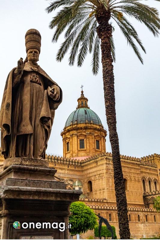 Palermo, monumento nel centro storico