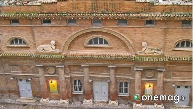 Teatro Sanzio di Urbino, guida turistica