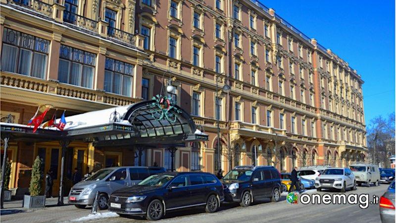 Prospettiva Nevsky, a passeggio nell'arteria principale di San Pietroburgo