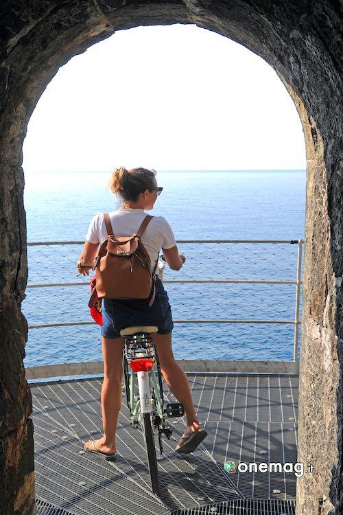 Le piste ciclabili della Liguria, veduta da pista ciclabile