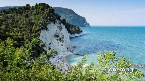 Cosa vedere ad Ancona, la Riviera del Conero