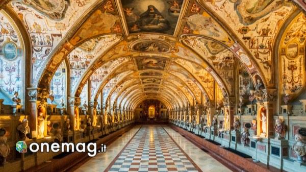 Descrizione del Residenz di Monaco di Baviera