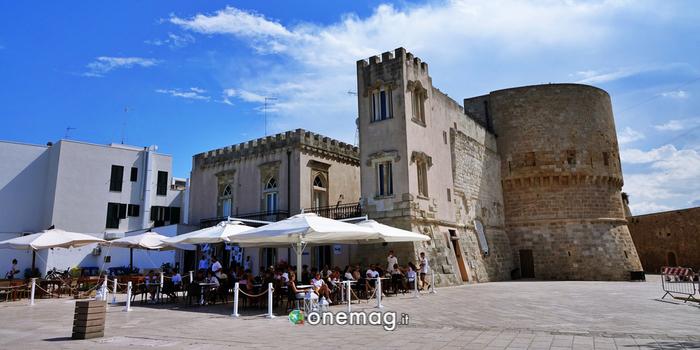 Veduta da Piazza Castello di Otranto
