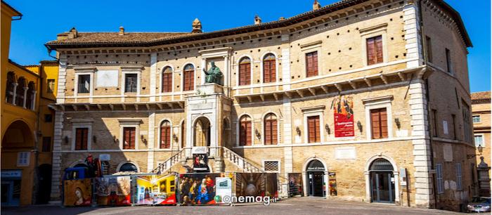 Cosa vedere a Fermo, il Palazzo dei Priori