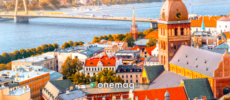 Panorama di Riga sul Fiume Daugava