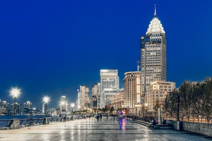 Cosa vedere a Shanghai, Chen Yi Square e Bund