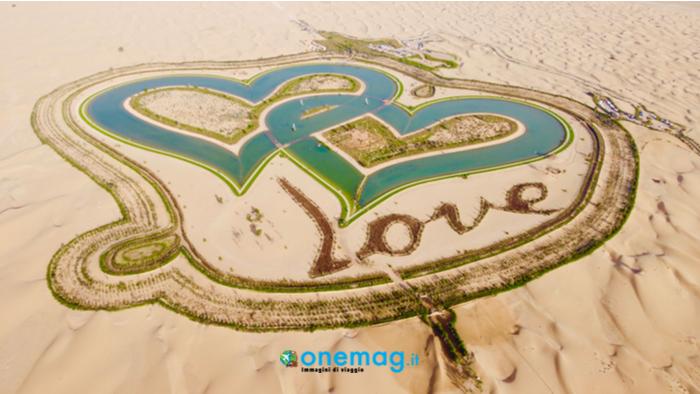 Panorama aereo sul Love Lake di Dubai