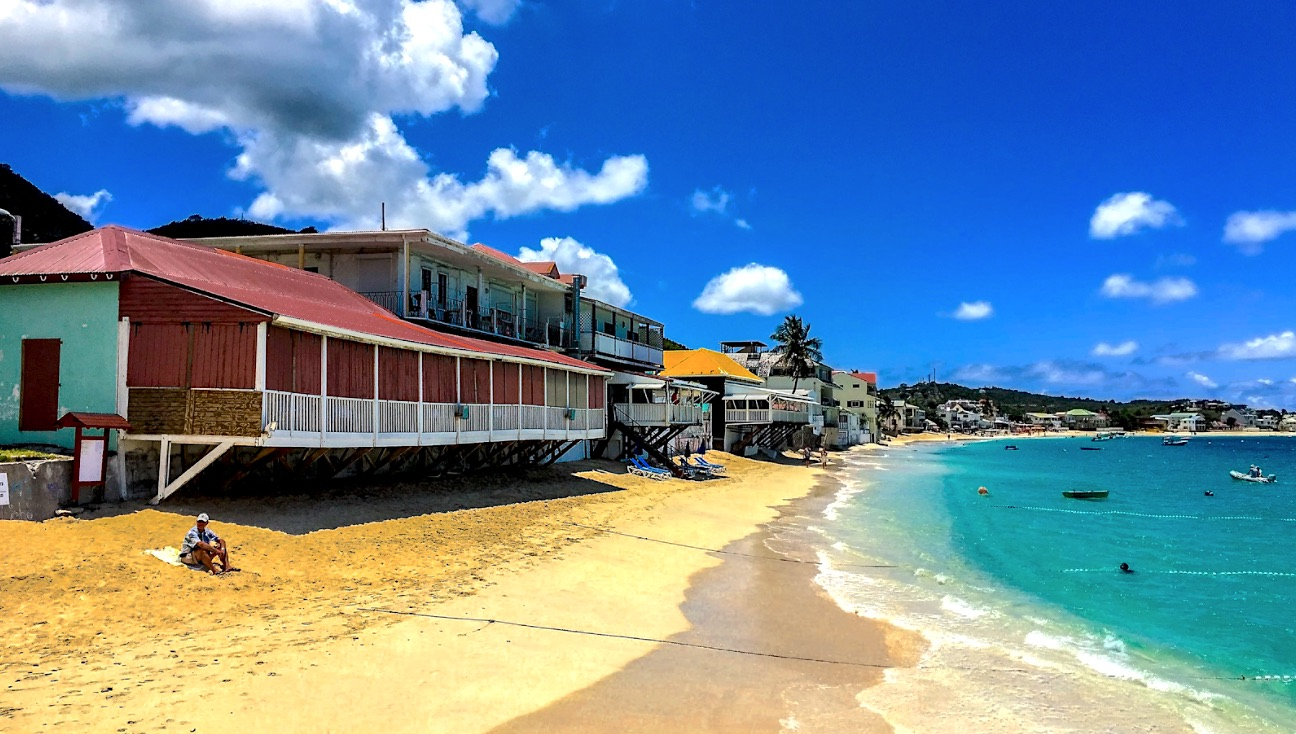 Spiagge di Saint-Martin | Veduta sulla spiaggia di Grand Case, sponda francese di Saint-Martin