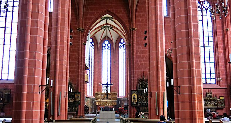 Il Duomo di Francoforte, interni
