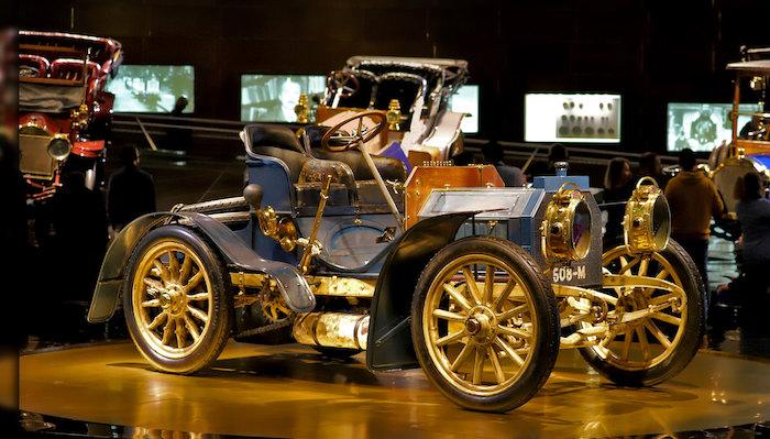 Il Museo Mercedes-Benz Stoccarda, esposizione 9674