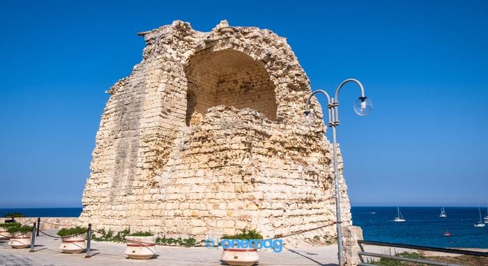 La Torre dell'Orso: la torretta d'avvistamento aragonese