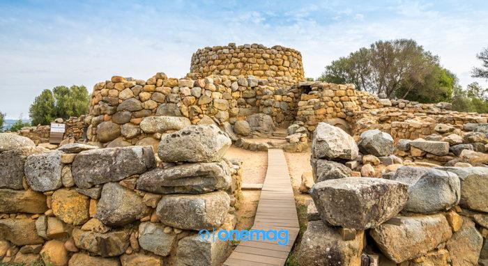Parco Archeologico di Arzachena, Nuraghe La Prisgiona