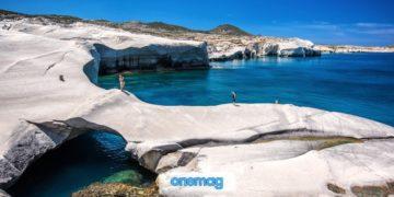 La spiaggia di Sarakiniko, Milos | La spiaggia di Milos dall'aspetto lunare